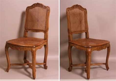 chaises louis xv cannées suite de 7 chaises cannées d 39 époque louis xv estillées
