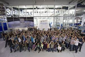 File:Dragon capsule and SpaceX employees (16491695667).jpg ...