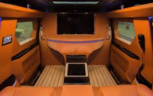 2008 ford f 450 калифорнийская компания превратила ford f 450 во внедорожник класса quot люкс quot