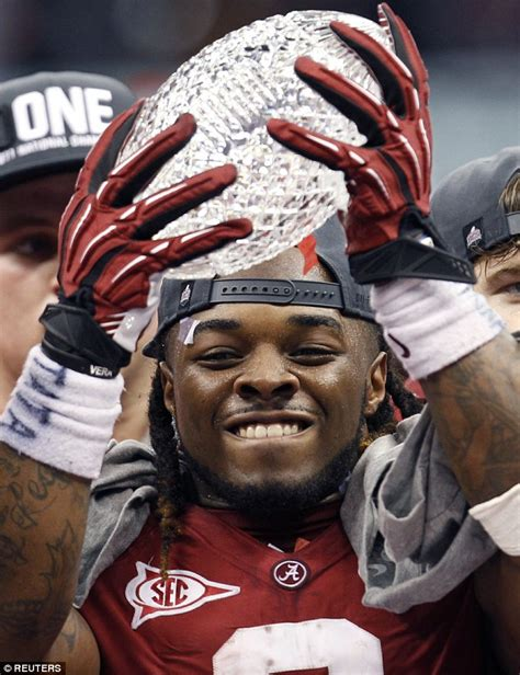 Trent Richardson arrested for domestic violence   Daily ...
