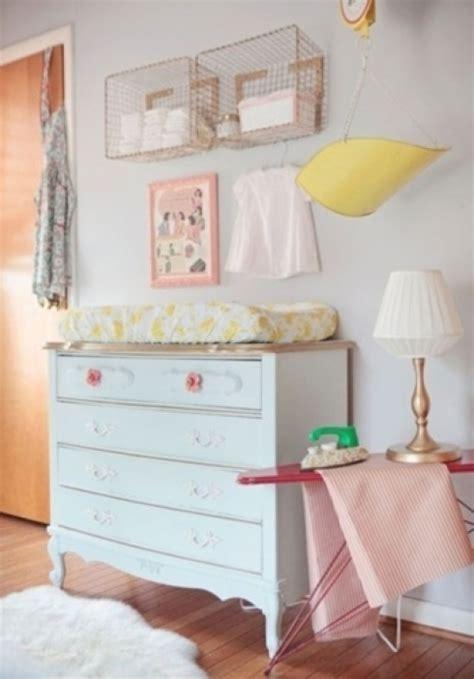 chambre bebe en pin une chambre vintage pour bébé