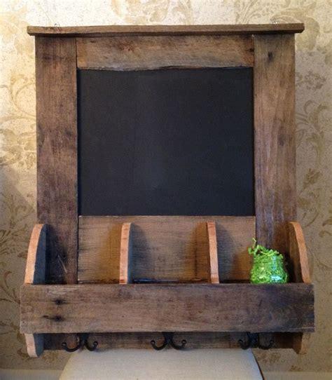 reclaimed pallet wood chalkboardorganizer ideas wood