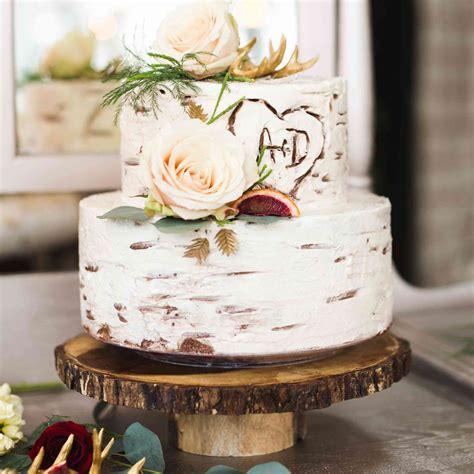 rustic wedding cakes  love