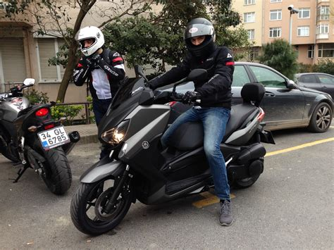 Gts 250i And Yamaha X Max by Yamaha Xmax 250 Piaggio Xevo 250 Kymco Downtown 300
