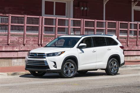 Toyota Highlander Reviews by 2017 Toyota Highlander Hybrid Reviews And Rating Motor Trend