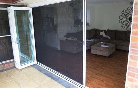 retractable brio screens door  window services  sydney australia ehi