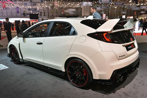 honda civic 2016 type r the 2016 honda civic type r is finally here it s awesome