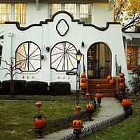 cool halloween decorations 50 Cool Outdoor Halloween Decorations 2012 Ideas | Family Holiday
