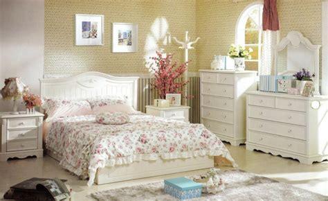 deko schlafzimmer ideen buchemöbel den landhausstil ins haus bringen und ein innendesign zum