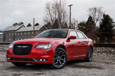 2018 Chrysler 300 Reviews And Rating Motor Trend