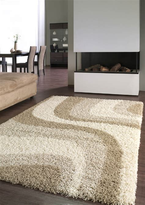 comment nettoyer un tapis shaggy tapischic collection tapis sur mesure shaggy beige with
