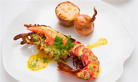 michelin chefs cook lobster in different ways