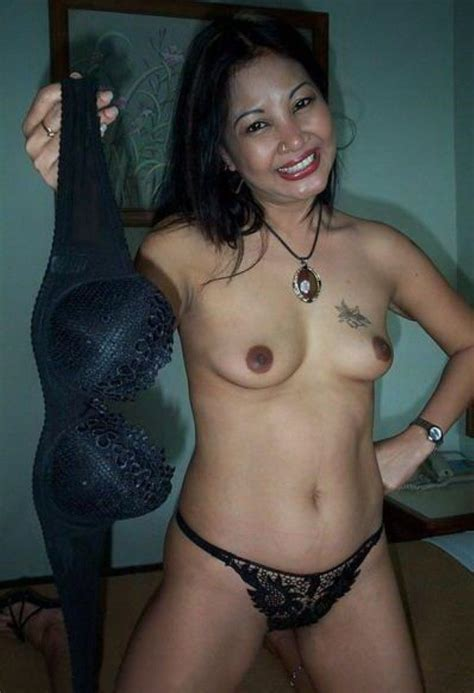 Racy Mature Indonesian Whore Steamy Hot Photos