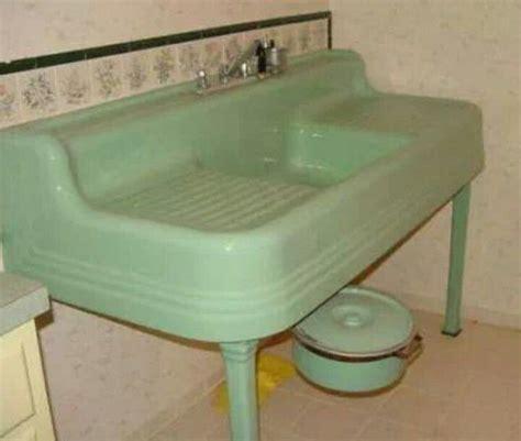 vintage kitchen sink 17 best images about drainboard sinks on