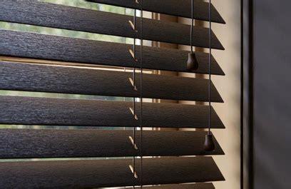 brede houten jaloezieen houten jaloezie 235 n voor een natuurlijke sfeer mrwoon