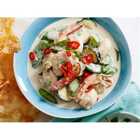 thai style green curry  prawn  courgette recipe