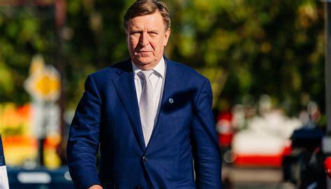 Ministru prezidents dosies reģionālajā vizītē uz Alūksni ...