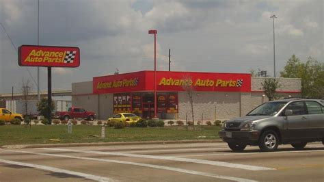 Advance Auto Parts To Bring 600 Jobs To Wake With Average