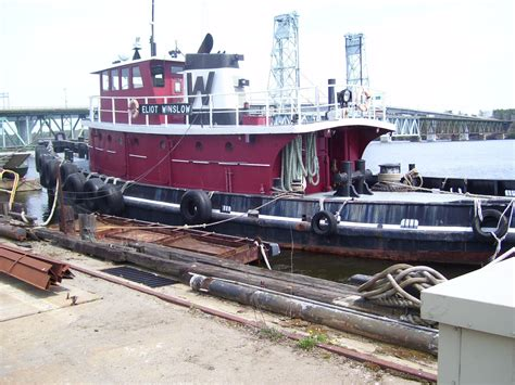 Tug Boats For Sale Near Me by 1943 Model Bow Tug Single 2400 Hp Harbor