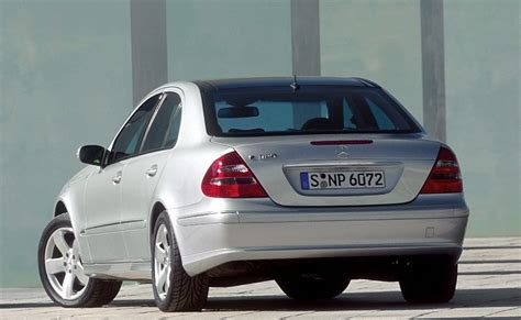 Mercedes E klase Sedans 2002 - 2006 atsauksmes, tehniskie ...