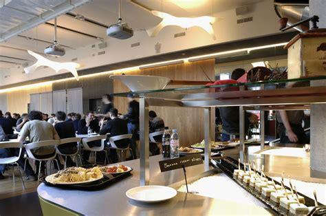 restaurant le bureau plan de cagne 日本の会社ではありえないほど独創的なのオフィス写真 ムービー in スイス gigazine