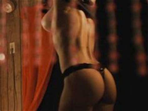 Nackt  Suzanne Quast Suzanne Quast: