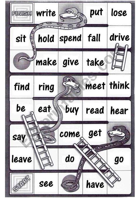 game board  helps student comprehend irregular