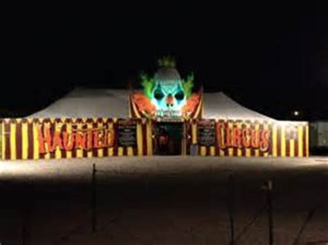Creepy Circus Decorations by Strangling Brothers Haunted Circus Aa Party And Tent