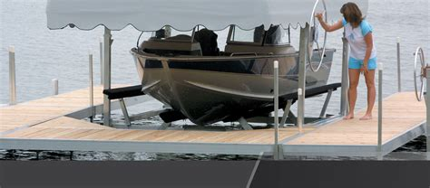 Hewitt Boat Lift by Lifts Hewitt