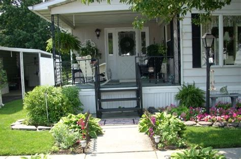 cottage mobile homes charming cottage style manufactured home mobile home living