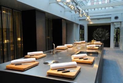 cuisine attitude lignac cyril lignac ouvre atelier de cuisine chefs pourcel