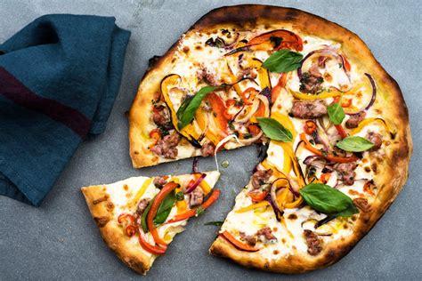 pizza    light hand california style