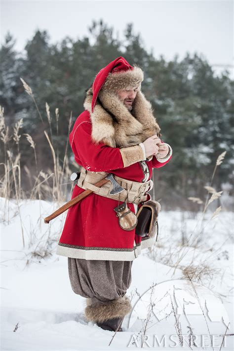 woolen viking coat yule edition   red wool