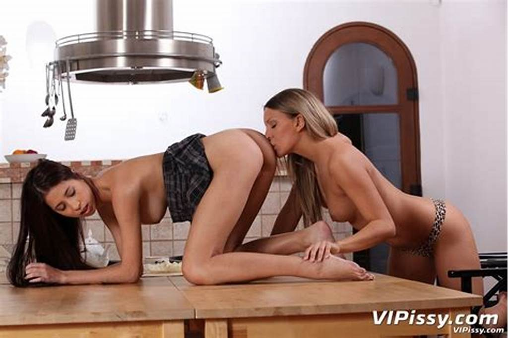 #Whitney #Conroy #Likes #To #Taste #Her #Friends #Pussy #1 #Of #2