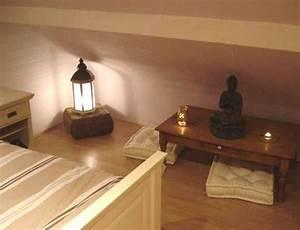 avant apres amenager une chambre zen sous les toits With chambre bébé design avec abonnement fleurs entreprise