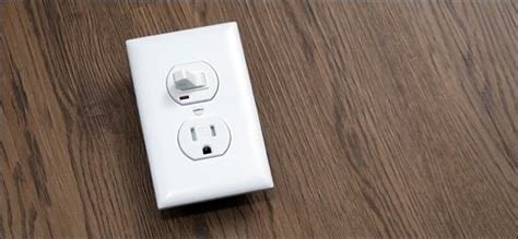 light switch with outlet how to replace a light switch with a switch outlet combo