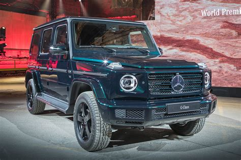 mercedes de occasion 35452 new 2018 mercedes g class suv revealed with mix of and new auto express