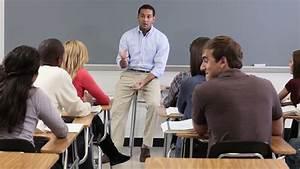 Teacher Talking To College Students In Media Studies Class ...