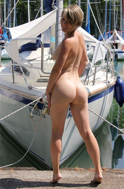 Getting Ready To Go Sailing Naked Nudeshots
