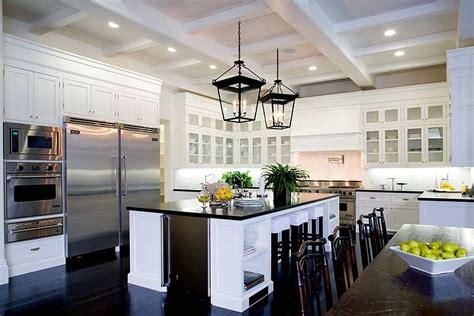 kitchen marble backsplash white ideas for small kitchens wood floors with white 2289