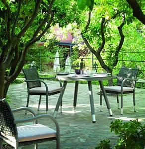 Table De Jardin Ronde : table ronde de jardin en aluminium brin d 39 ouest ~ Teatrodelosmanantiales.com Idées de Décoration