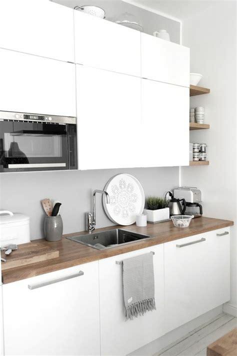 le cerfeuil en cuisine 53 variantes pour les cuisines blanches