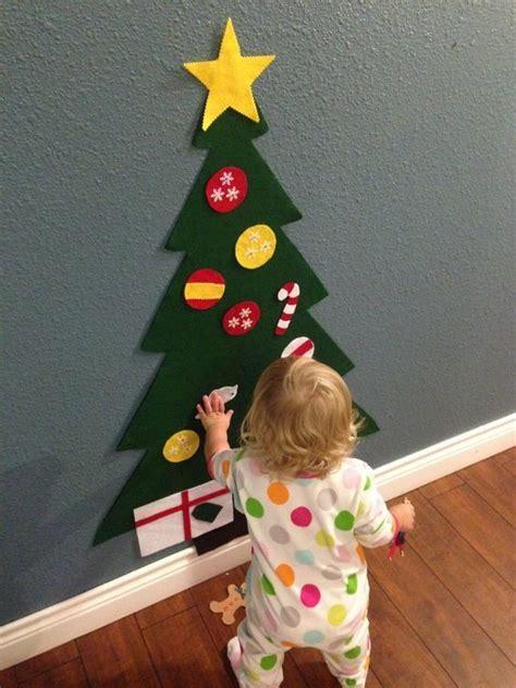 put   felt christmas tree diy holiday crafts