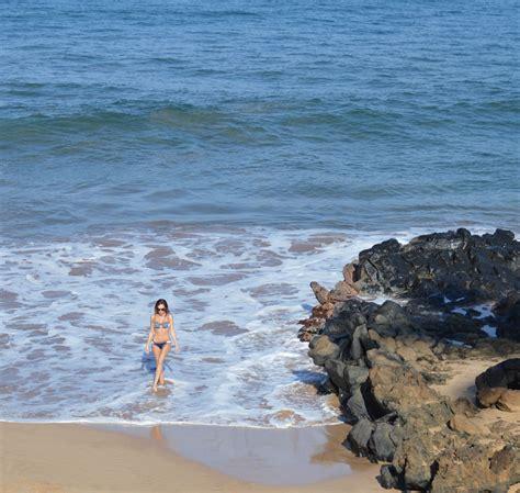 neoprene bikini   wailea walk travel