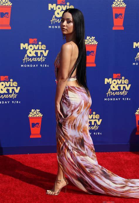 alexa demie sexy appearance mtv awards  pics