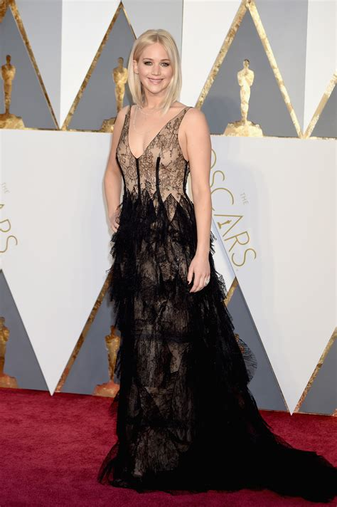 Oscars Fashion Live From The Red Carpet