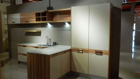 white wood grain kitchen cabinets 1000 images about kuching malaysia showroom on 1883