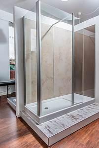 Umbau Wanne Zur Dusche : ausstellung in m nchen badbarrierefrei m nchen gmbh ~ Markanthonyermac.com Haus und Dekorationen