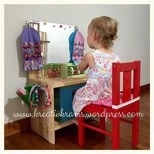 Kita Räume Einrichten : diy verkleide tisch geschwisterzimmer pinterest kinder schminktisch spiegel kinderzimmer ~ Watch28wear.com Haus und Dekorationen