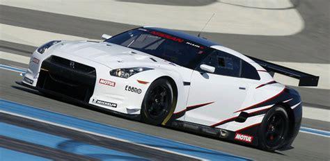 Nissan Gtr Race Car by Nissan Reveals Official Details For Fia Gt1 Gt R Race Car